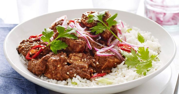 Try something new with this hearty Mexican chicken mole made with rich dark chocolate and smooth peanut butter.