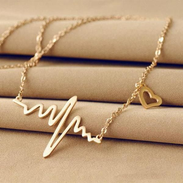 Heart Wave Necklace ❤ liked on Polyvore featuring jewelry, necklaces, heart jewellery, heart jewelry, heart necklace, heart shaped necklace and heart-shaped jewelry