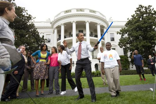 The force is strong in this onePresidents Obama, Presidential Photos, Funny, Star Wars, Stars Wars, Awesome Obama, White House, Barack Obama, Starwars