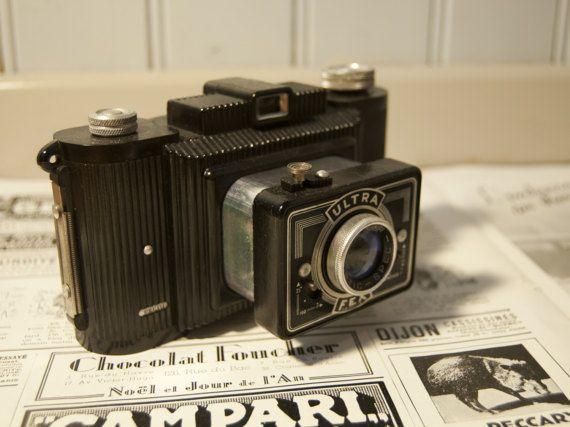 les 25 meilleures id es de la cat gorie appareils photo vintage sur pinterest appareils. Black Bedroom Furniture Sets. Home Design Ideas