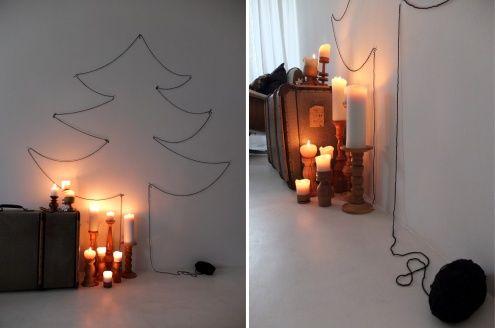Der Baum, Tags Kerzenständer + Weihnachtsbaum + Baum + Koffer + Glocke + Sterne + Mundharmonika + Fadenbaum