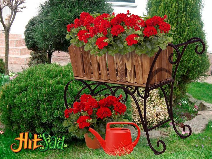 Декоративная тележка для цветов
