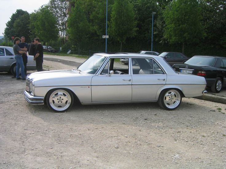 W115 on amg monoblocks old school mercedes benz for Mercedes benz w115 for sale