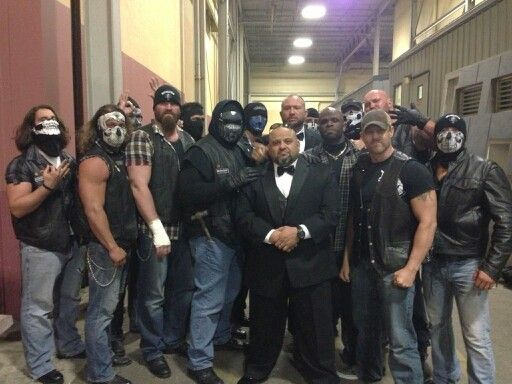 leader of aces and eights tna devon