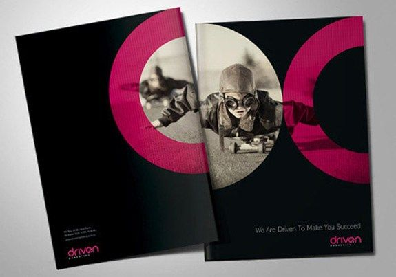 driven-brochure BrosurDesain Warna Hitam