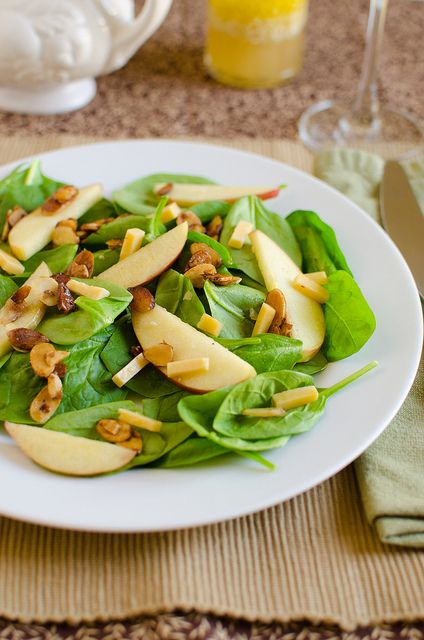 Spinach Apple Salad with Crispy Almonds