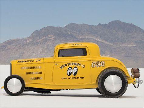 1932 Ford Coupe - Mooneyes Special - Hot Rod Magazine. Click on the photo to read all about this very cool '32.