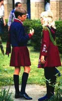 Np girl tight dress upskirt - 3 9