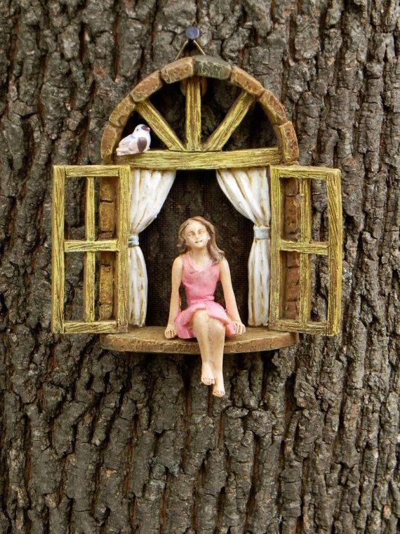 Fairy tuin accessoires venster met zithoek door TheLittleHedgerow
