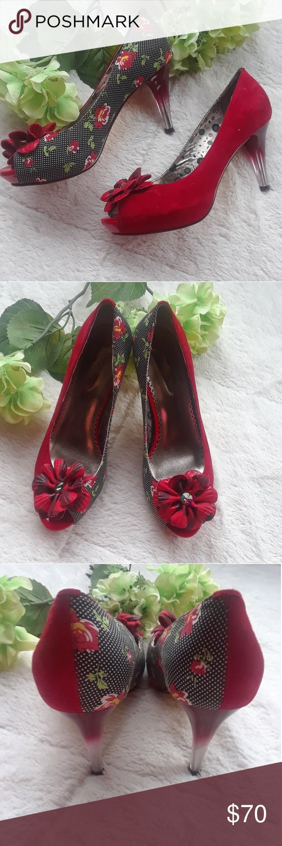 """Poetic Licence Rose Pumps These poetic license pumps would make a great statement piece for any outfit! Have everybody complimenting you with these great heels. These two toned heels have been loved in their past but are in very well taken care of condition. Size 7 with a 3 1/2"""" heel Poetic License Shoes Heels"""