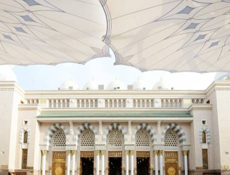 #Economy #Umrah Package that is best suitable and affordable in all ways. We have luxuriously organized rooms in #Makkah and #Medinah with cheapest rates possible.