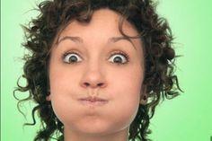 Обвисшие щёки: как вернуть упругий овал лица