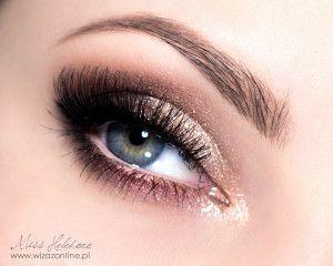 Mocny makijaż ślubny krok po kroku