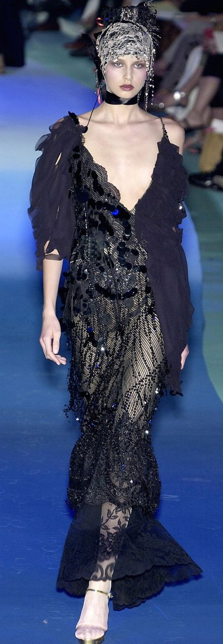 Christian Lacroix Fall 2008. ♛     ♛~✿Ophelia Ryan ✿~♛