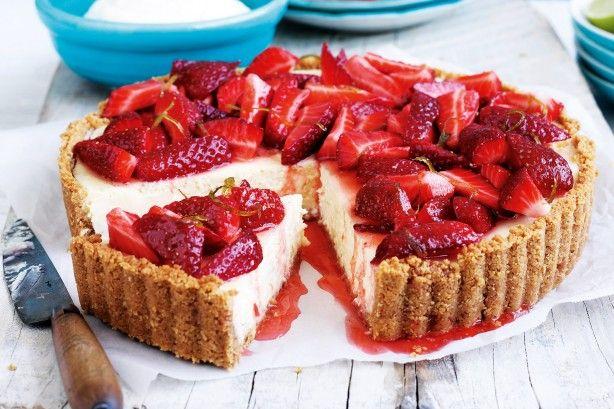 Τάρτα φράουλας με ινδοκάρυδο και ζαχαρούχο, με σιρόπι λάιμ
