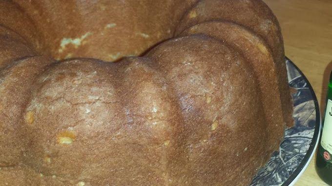 Irish Pound Cake Recipe on Yummly. @yummly #recipe