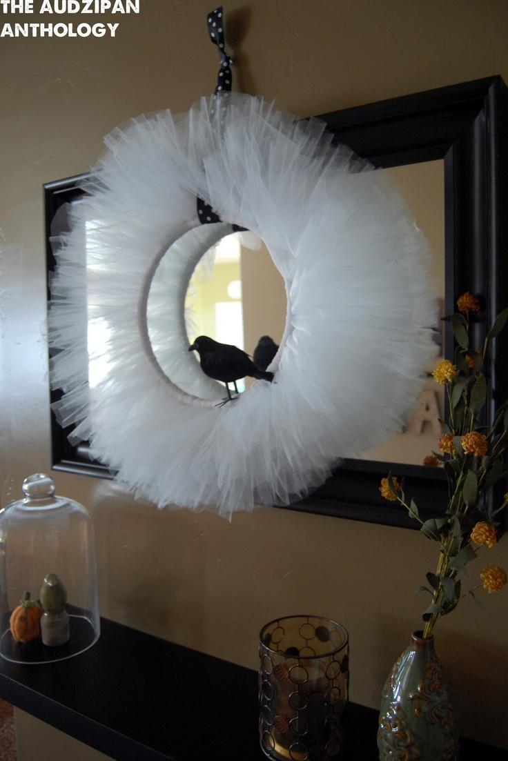 the audzipan anthology: Halloween Tulle Wreath