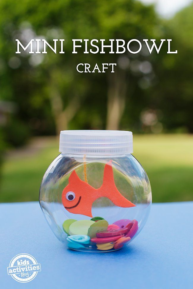 Kids of all ages will enjoy creating a Mini Fishbowl Craft! It's the perfect quiet, clean, and sweet pet they've been wishing for!
