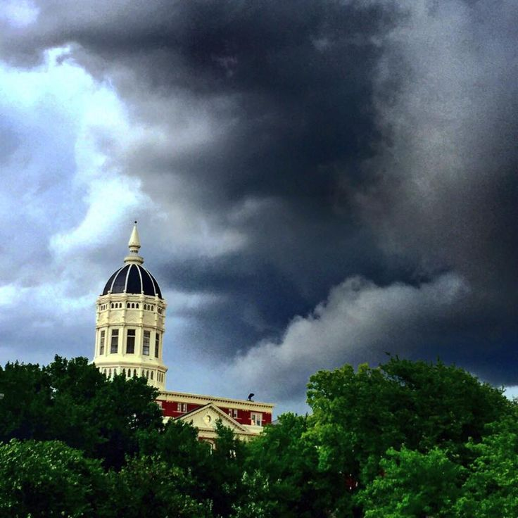 """There's a storm brewing at Mizzou this morning. Jesse looks stunning no matter the weather."" 