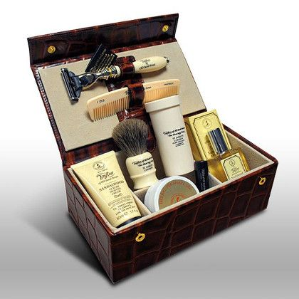 the best traditional razor sets the gentlemans journal the latest in style and grooming. Black Bedroom Furniture Sets. Home Design Ideas