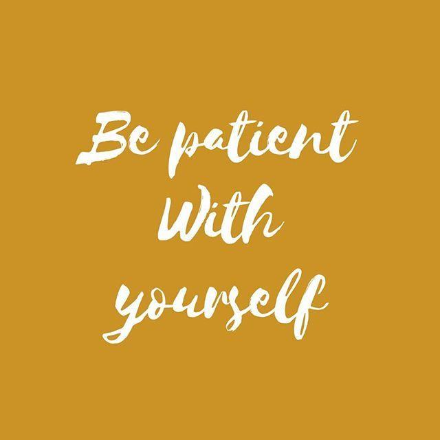 {Quote} ✨Être patient avec soi-même ✨  C'est accepter le chemin entre la personne que l'on est et celle que l'on veut être.   C'est être tolérante avec soi-même. On est différente de celle que l'on était il y a 5 ans , un an, 3 mois pourtant cela n'empêche pas d'Etre.   Et puis chose non négligeable c'est ultra chiant d'être méchante avec soi-même . C'est s'infliger du harcèlement moral comme ça gratis!! On s'aime ❤️ on aime les autres ❤️et on passe une bonne journée