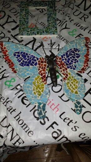 Vlinder voor aan de schutting   Vlinder voor aan de schutting