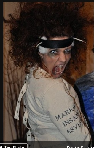 Like mother .... Halloween costume diy Straight jacket insane asylum scary