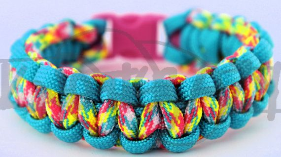 Hey, I found this really awesome Etsy listing at http://www.etsy.com/listing/79059207/550-paracord-cobra-weave-survival-strap