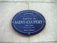 Targa sulla casa di Saint-Exupéry a Ville de Québec in Canada.  Antoine de Saint-Exupéry - Wikipedia
