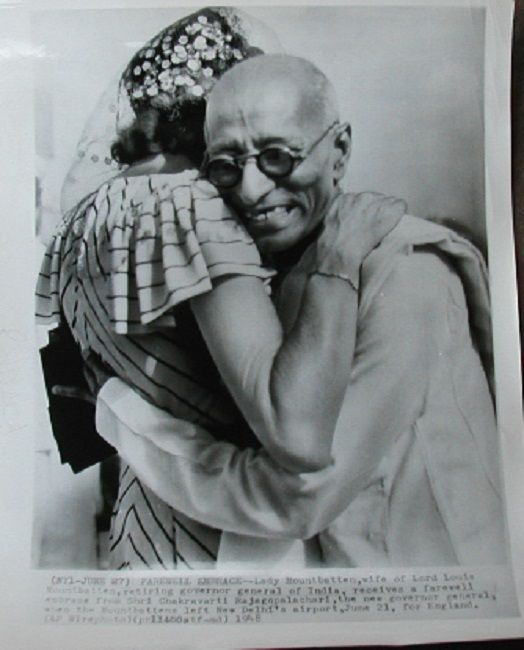 Goodbye! Lady Mountbatten receives a farewell embrace from Governor-General of India C. Rajagopalachari - 1948