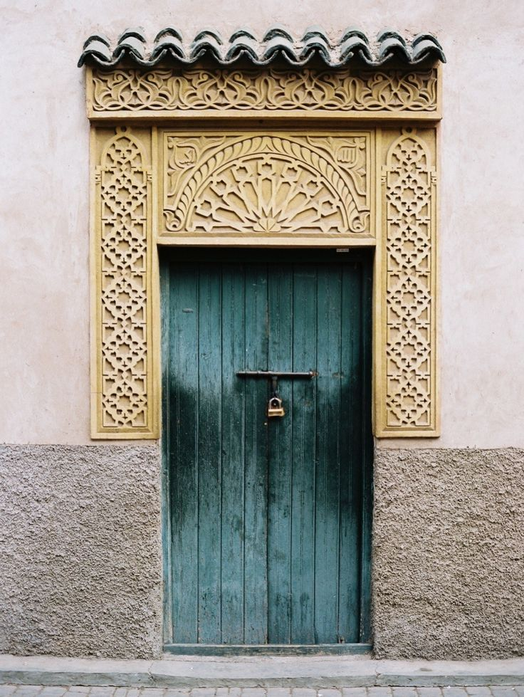 #travel, #travel-guide, #morocco, #door, #moroccan Photography: Birgit Hart Fotografie - www.birgithart.com Read More: http://www.stylemepretty.com/living/2013/10/17/a-mini-guide-to-morocco/