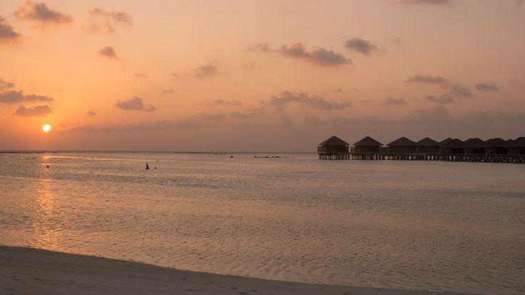 Another hit in Maldives' heavy rotation: Knockin' on Heaven's Door