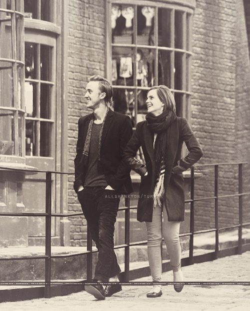 Emma Watson and Tom Felton at Leavesden Studios making me ship them wat?