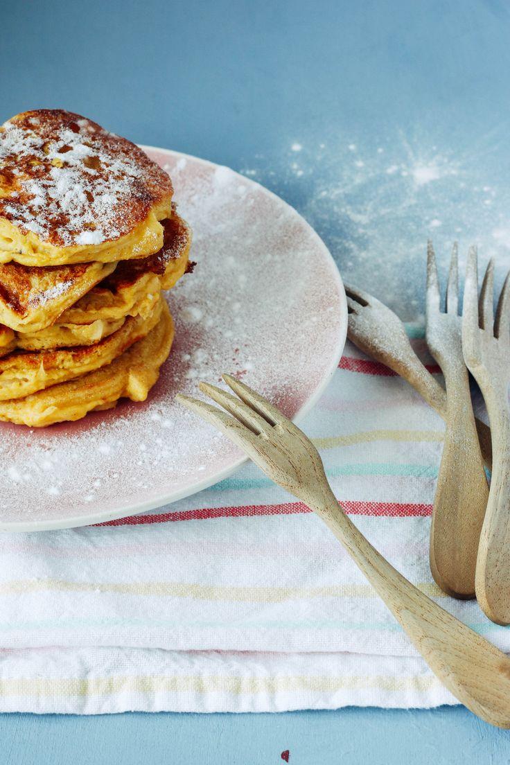 Amandel pancakes Het recept voor deze heerlijke amandelpancakes van Deb's Bakery & Kitchen vind je op Fulltime Mama.nl #recept #kidsproof #healthy #glutenvrij #lactosevrij #gastblog http://www.fulltimemama.nl/2017/01/recept-amandel-pancakes-met-appel/