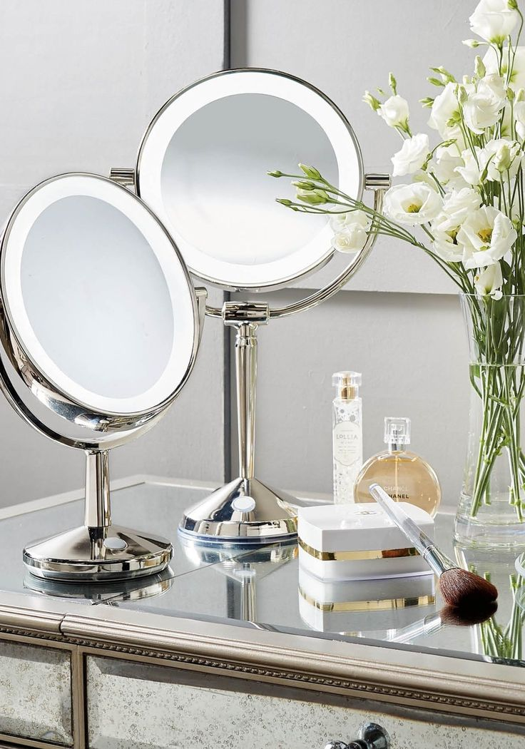 LED Articulating Rechargeable Vanity Mirror Illuminated