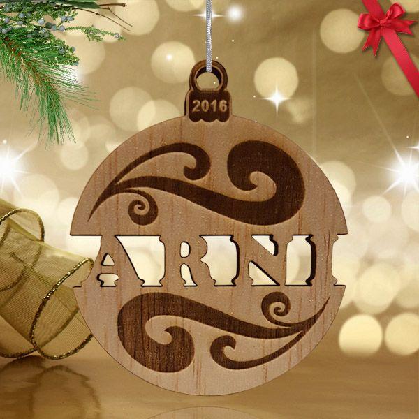 Gravírozott fa karácsonyfa dísz egyedi kivágott névvel