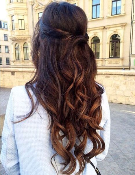 Half up half down wavy balayage hair #gorgeoushair