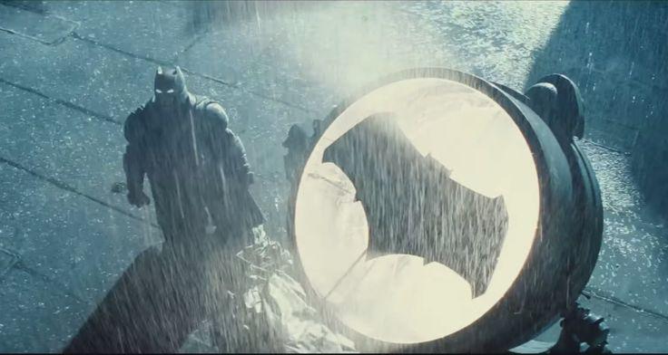 Lee Revelan un nuevo tráiler de 'Batman v Superman'