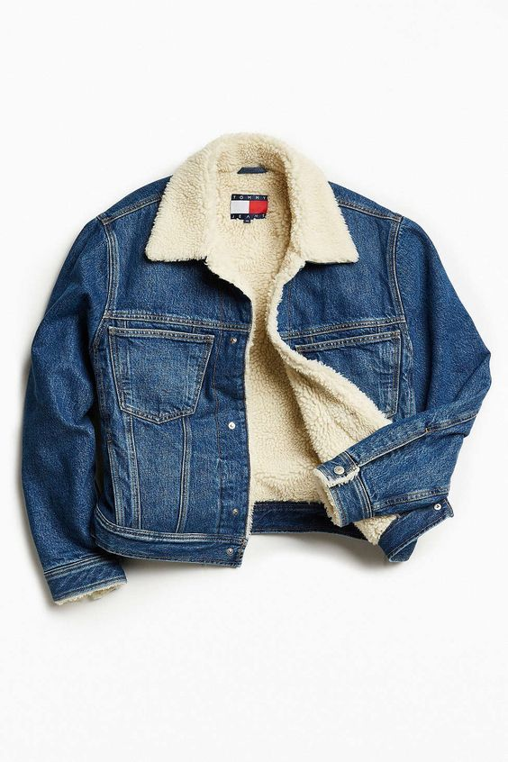 Tommy Jeans For UO Sherpa Lined Denim Trucker Jacket - Urban Outfitters:
