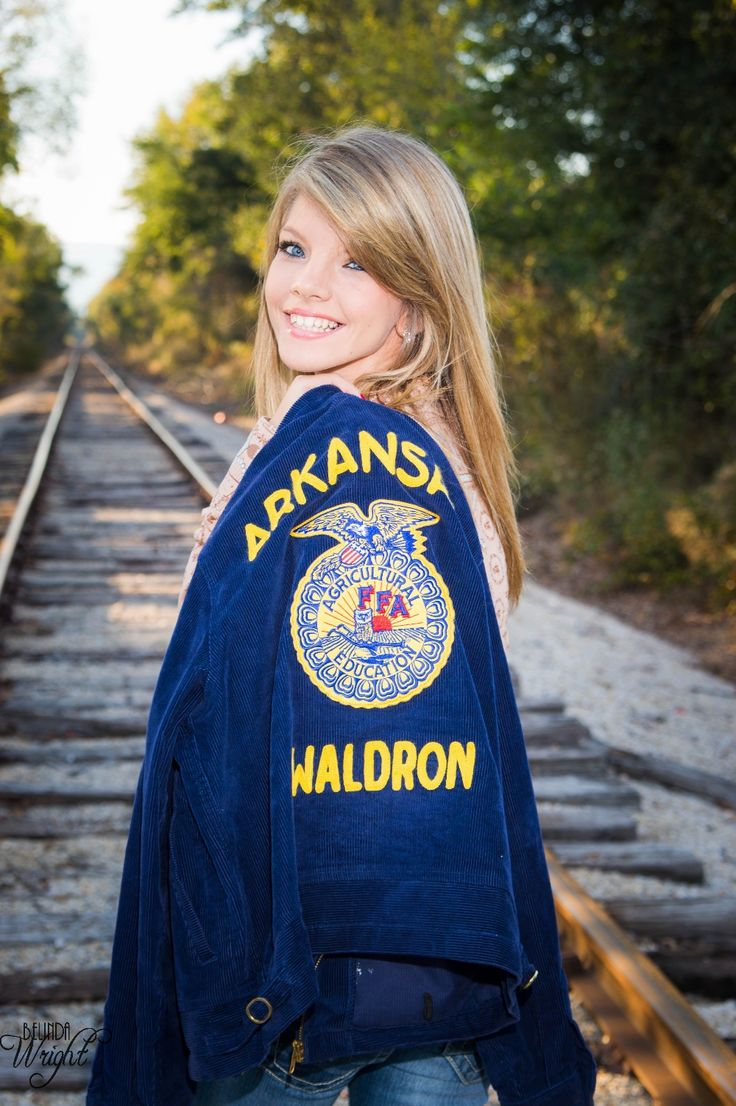 Senior Pictures: #railroad tracks #FFA #country