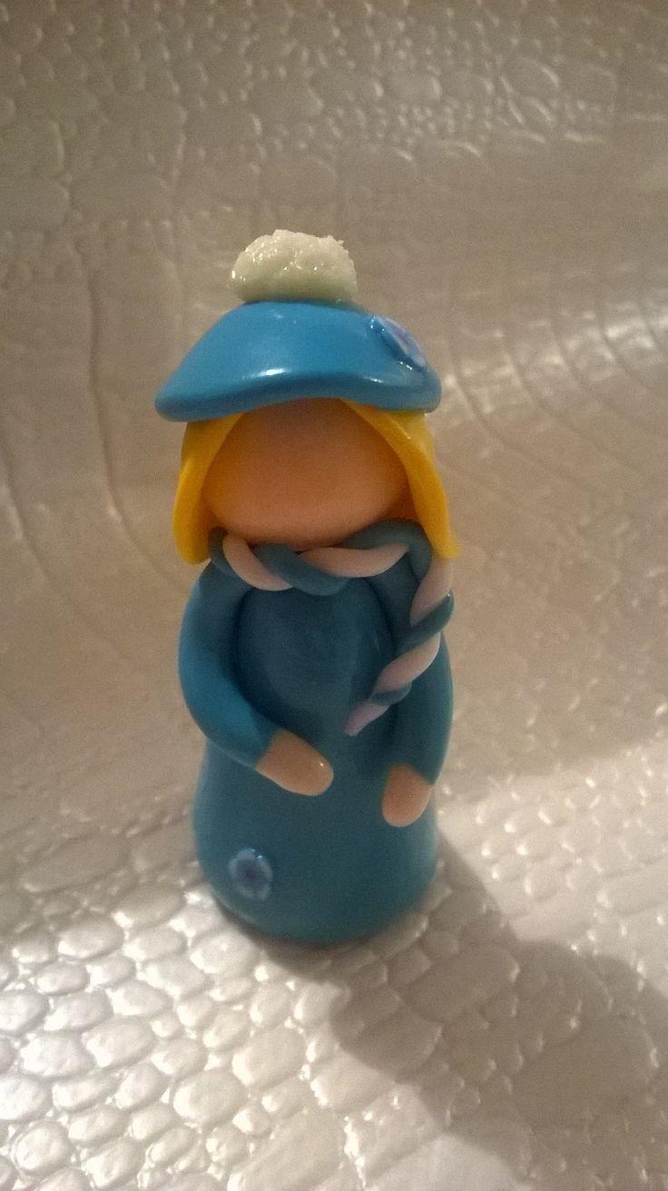 Fimo petite fille avec bonnet