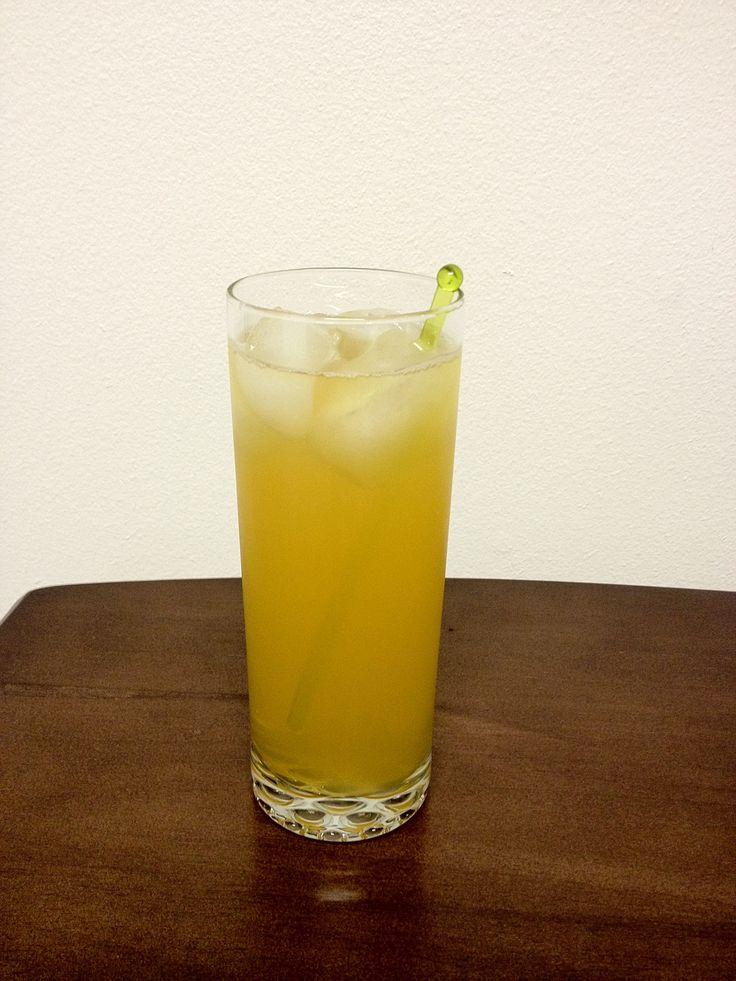 How to Make an Amaretto Sour | Recipe