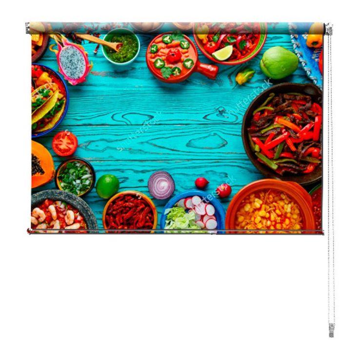 Rolgordijn Kleurrijke maaltijd | De rolgordijnen van YouPri zijn iets heel bijzonders! Maak keuze uit een verduisterend of een lichtdoorlatend rolgordijn. Inclusief ophangmechanisme voor wand of plafond! #rolgordijn #gordijn #lichtdoorlatend #verduisterend #goedkoop #voordelig #polyester #maaltijd #eten #voedsel #avondeten #mexicaans #blauw