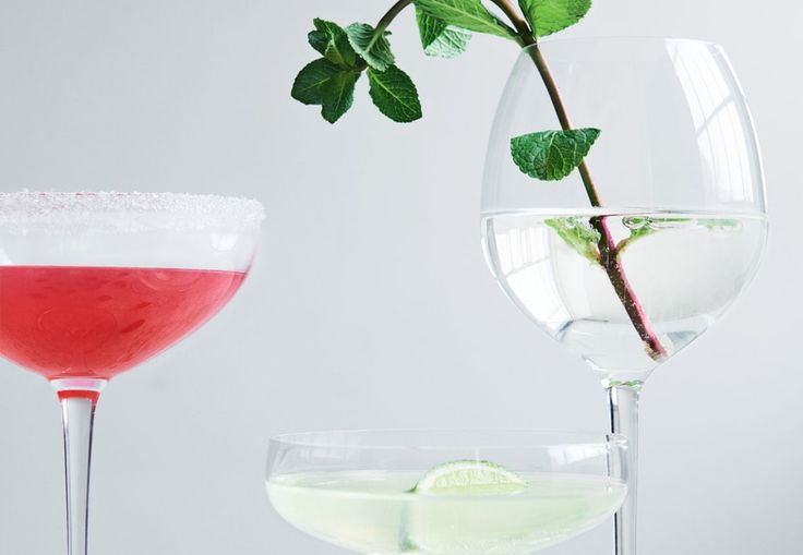 Drink: Hyldeblomst-mynte-martini | Elderflower and mint martini