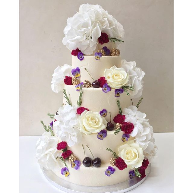 wedding cake inspo 10 best images about wedding cakes amp inspo on 22986