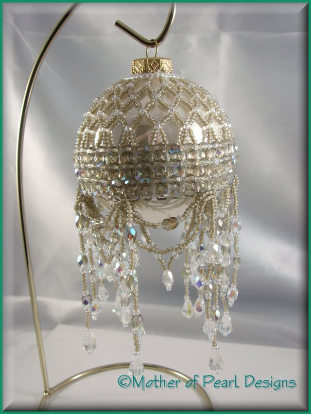 Free Beaded Victorian Ornaments Patterns | ... Designs - Beaded and Original Christmas Ornaments & Ornament Covers