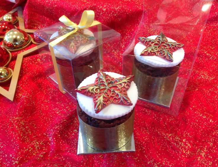 """Individual 3"""" cakes cooked in the silverwood tins,  decorated with hand painted filigree star mould from First Impression Molds US"""