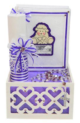 Caja de madera con vela y rosario para primera comunión. Morado