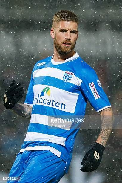 Lars Veldwijk of PEC Zwolle during the Dutch Eredivisie match between PEC Zwolle and sc Heerenveen at the IJsseldelta stadium on January 16 2016 in...