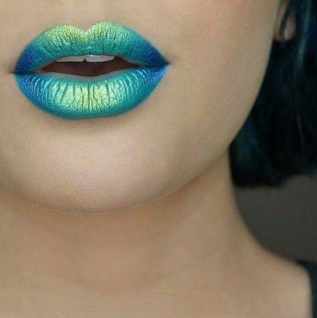 Ombre #lips: pásate al efecto degradado en tus labios #beauty #makeup                                                                                                                                                      Más